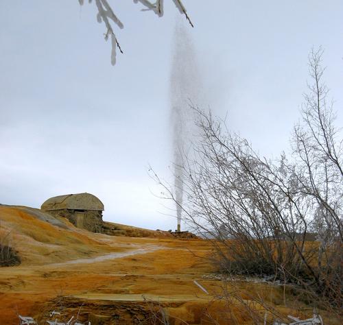soda_springs_geyser